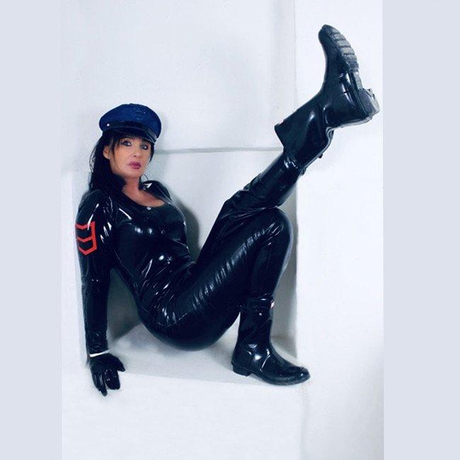 Lady Sarah SM-Xtrem - News